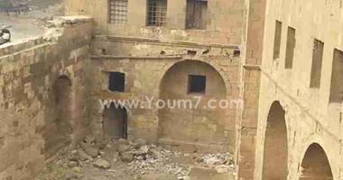 بالصور.. باب العزب بالقلعة يعانى من الإهمال