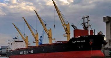 ميناء بورسعيد يستقبل سفينة روسية على متنها 28 ألف طن قمح