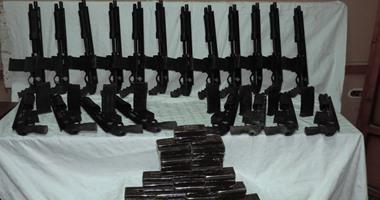 الداخلية تضبط ورشة سلاح و205 هاربين من أحكام ببنى سويف