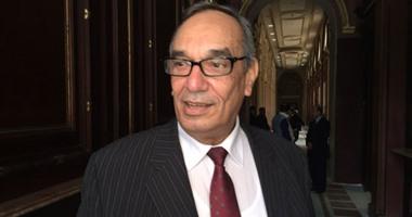"""""""برلمانى""""عن تصريحات البشير:يخرج من أزماته بتلك المواقف وسياساته قسمت السودان"""