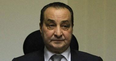 """محمد الأمين يبيع 5 آلاف سهم بـ """"عامر جروب"""" ويخفض حصته إلى 2.9%"""