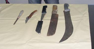 صورة القبض على 11 متهما بحوزتهم أسلحة بيضاء فى حملة أمنية بالإسماعيلية