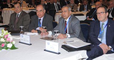 بدء منتدى القاهرة للتغيرات المناخية و تأثيرها على العشوائيات والأحياء