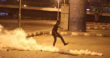 عودة الاشتباكات بين الأمن والمتظاهرين وكر وفر بعبد المنعم رياض