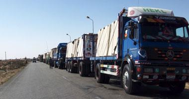سائق من محافظه البحيرة يعلن عن احتجاز سائقين وشاحنات مصرية فى مدينة إجدابيا الليبية