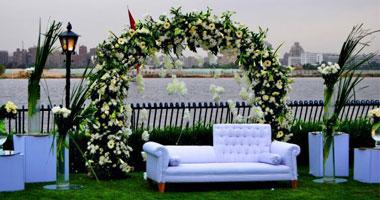 حفل زفاف فى حديقة
