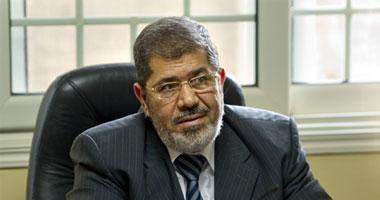 مرسى يرد على والدة شهيد: دم ابنك