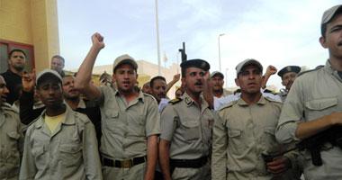 """الجنود المعتصمون برفح لـ""""اليوم السابع"""": فتح المعبر على جثثنا"""