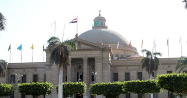 مركز التدريب بجامعة القاهرة ينظم دورة تحرير صحفى لطلبة إعلام