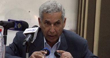الدكتور خيرى عبد الدايم نقيب الأطباء