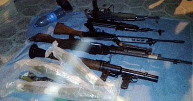 ضبط أسلحة نارية ومخدرات فى حملة أمنية بالمنيا