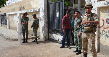 """الجيش يتسلم مدارس """"حلوان والتبين والمعصرة"""" لتأمينها خلال الاستفتاء"""