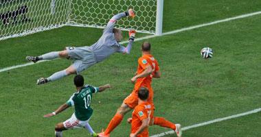   بالصور.. تعادل سلبى بين هولندا والمكسيك فى الشوط الأول
