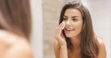 تخلصى من مشاكل البشرة الدهنية مع ماسك الـ multani mitti وماء الورد -