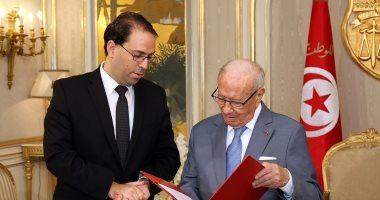 """الحزب الحاكم فى تونس يعلق عضوية """"الشاهد"""" رئيس الوزراء"""
