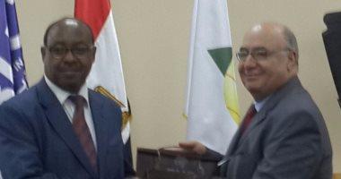 بالصور.. السفير الإثيوبى: نفتح ذراعينا للمستثمرين من مصر