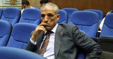 النائب محمد الحسينى يطالب بإعادة النظر فى تنظيم مواقف السيارات