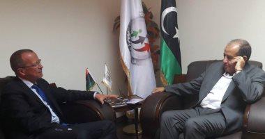 مبعوث الأمم المتحدة ورئيس تحالف القوى الوطنية الليبية يبحثان أزمة ليبيا