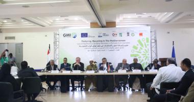 بالصور.. محافظ الإسكندرية: ندعم مبادرة الاتحاد الأوروبى الخاصة بالنظافة