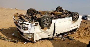 مصرع سيدتين وإصابة 13 آخرين فى إنقلاب سيارة ميكروباص بالمنيا