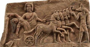 """تعرف على أسطورة خطف """"هاديس"""" المقرر عرضها بمدخل المتحف المصرى"""