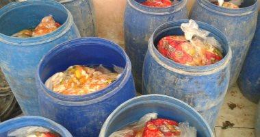 تقرير مفتش الأغذية : مخللات مصنع أكتوبر غير صالحة للاستهلاك الأدمى ومجهولة
