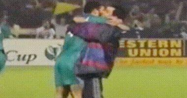 من الذاكرة.. عناق حار بين مورينيو وجوارديولا قبل 19 عاما