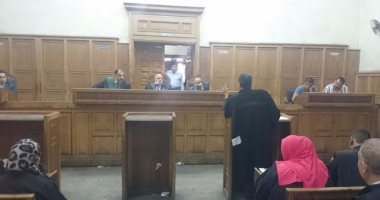 إحالة رقيب شرطة متهم بتهريب مواد مخدرة للمساجين بسجن ١٥ مايو للجنايات