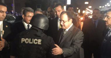 بالصور.. وزير الداخلية يتفقد شوارع المهندسين قبل العيد ويشيد بالتواجد الأمنى