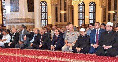 الرئيس السيسى وكبار رجال الدولة يؤدون صلاة عيد الأضحى 2016091211080282
