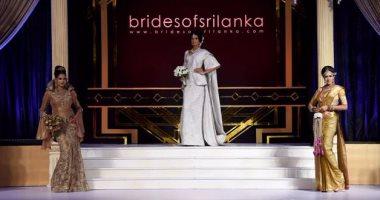 بالصور.. ملابس وإكسسوارات الزفاف التقليدية السريلانكية فى عرض أزياء عصرى