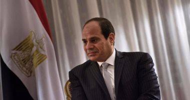الرئيس السيسى يجرى زيارة مفاجئة لطلاب الدورة الثانية للبرنامج الرئاسى