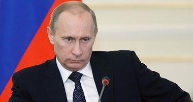 بوتين يمنح الممثل الأمريكى ستيفن سيجال الجنسية الروسية