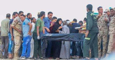 محافظ البحيرة يعتذر عن حبس الناجين من مركب رشيد.. ويؤكد: كانوا فى معاناة