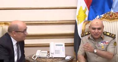 المتحدث العسكرى ينشر فيديو زيارة وزير دفاع فرنسا للميسترال