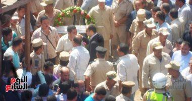 بالصور.. جنازة عسكرية مهيبة لشهيد شرطة العريش فى مسقط رأسه بالمنوفية