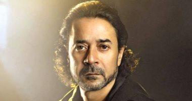 """مدحت صالح يستعد لتسجيل الأغنية الدعائية لفيلم """"ممنوع الأقتراب أو التصوير"""""""