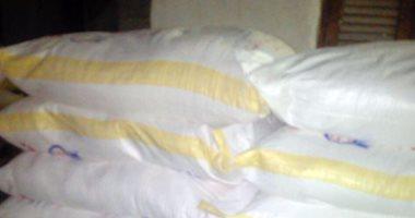مصادرة 1199 شيكارة دقيق من مخبز قبل بيعها في السوق السوداء بالمنوفية