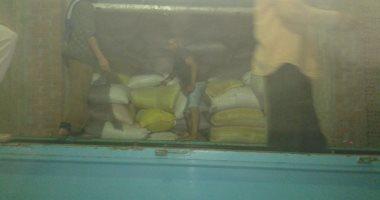 ضبط 150 طن أرز احتكرها أحد التجار بإحدى قرى الدقهلية