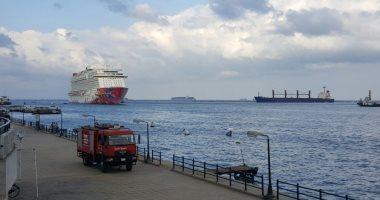 مهاب مميش: عبور 120 سفينة قناة السويس بحمولة 6.8 مليون طن خلال ثلاثة أيام