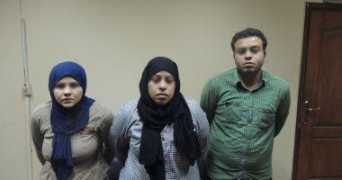 القبض على سيدتين و عامل سرقوا مطعم سورى بدار السلام
