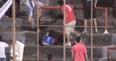 """بالفيديو.. """"خناقة شوارع"""" فى المدرجات بين جماهير فريق واحد بالأرجنتين"""