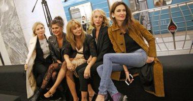 بالصور.. روسيا تحول محطة مترو لمنصة عرض أزياء