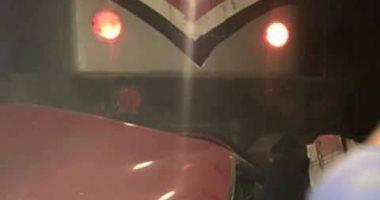 إصابة مواطن صدمه قطار بكسور فى مركز كوم أمبو بأسوان