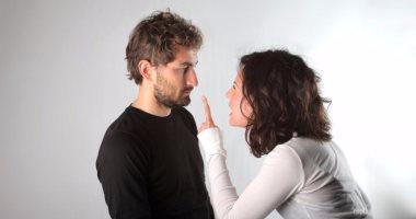 دراسة تؤكد: الرجال الخانعون لسلطات زوجاتهم أكثر سعادة