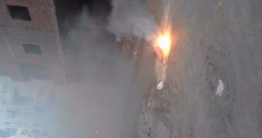 بالفيديو.. انفجار كابلات الكهرباء بحى الكهف فى مدينة الغردقة