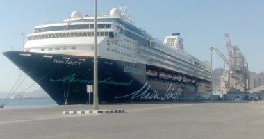 موانئ البحر الأحمر:تداول 63 ألف طن قمح رومانى و391 شاحنة بضائع