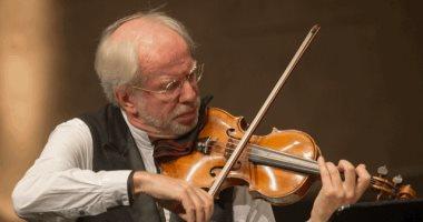 عازف الكمان العالمى جيدون كريمر يختتم فعاليات مؤتمر السياحة بالأقصر