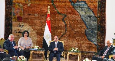 السيسى يشيد بوعى الشعب المصرى ومشاركته فى تحسين الوضع الاقتصادى