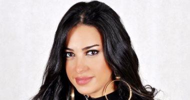 إلهام وجدى ملكة جمال مصر السابقة تعلن انشاء خط أزياء جديد باسمها قريباً